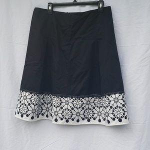 Christopher & Banks pleated skirt black & white 10